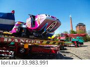 Купить «Germany, Bremen - Showmen have set up a carousel for the TUEV acceptance», фото № 33983991, снято 23 апреля 2020 г. (c) Caro Photoagency / Фотобанк Лори