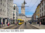 City view with city hall, Muelheim an der Ruhr, Ruhr area, North Rhine-Westphalia, Germany (2020 год). Редакционное фото, агентство Caro Photoagency / Фотобанк Лори