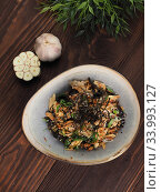 Appetizer with asparagus and Chuka salad. Стоковое фото, фотограф Алексей Кокорин / Фотобанк Лори