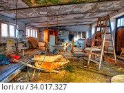 Lost Places hehemalige Werkstatt. Стоковое фото, фотограф Zoonar.com/dk-fotowelt / easy Fotostock / Фотобанк Лори