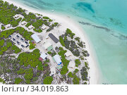 Купить «Aerial view of Eco camp on Wizard Island on Cosmoledo Atoll, Seychelles», фото № 34019863, снято 5 июля 2020 г. (c) Nature Picture Library / Фотобанк Лори