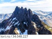 Вершины гор покрытые ледниками. Северный пейзаж. Уральские горы с высоты птичьего полета. Стоковое фото, фотограф Евгений Ткачёв / Фотобанк Лори