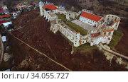 Купить «Renaissance style architecture, Janowiec Castle, Poland, at sunny spring day», видеоролик № 34055727, снято 9 июля 2020 г. (c) Яков Филимонов / Фотобанк Лори