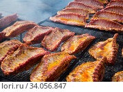 Ruddy pork ribs with a crust. Стоковое фото, фотограф Яков Филимонов / Фотобанк Лори