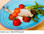 Fish dish - baked blue whiting. Стоковое фото, фотограф Яков Филимонов / Фотобанк Лори