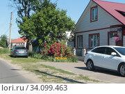 Клинцы, улица Жукова, частный сектор. Редакционное фото, фотограф Дмитрий Неумоин / Фотобанк Лори
