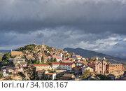 Aerial panoramic view to Fianarantsoa city. Стоковое фото, фотограф Josep Blanch Busom / age Fotostock / Фотобанк Лори