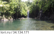 Водопад и лагуна на острове Тавеуни Фиджи (2019 год). Стоковое фото, фотограф Юрий Хабаров / Фотобанк Лори