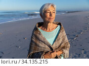 Купить «Senior Caucasian woman enjoying time at the beach», фото № 34135215, снято 25 февраля 2020 г. (c) Wavebreak Media / Фотобанк Лори