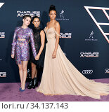 Ella Balinska, Kristen Stewart and Naomi Scott at the Los Angeles premiere of 'Charlie's Angels' held at the Regency Village Theater in Westwood, USA on November 11, 2019. Стоковое фото, фотограф Zoonar.com/Lumeimages.com / age Fotostock / Фотобанк Лори