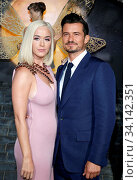 Katy Perry and Orlando Bloom at the Los Angeles premiere of Amazon's 'Carnival Row' held at the TCL Chinese Theatre in Hollywood, USA on August 21, 2019. Стоковое фото, фотограф Zoonar.com/Lumeimages.com / age Fotostock / Фотобанк Лори