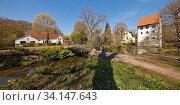 Bispinghof, Nordwalde, Muensterland, Nordrhein-Westfalen, Deutschland, Europa. Стоковое фото, фотограф Zoonar.com/Stefan Ziese / age Fotostock / Фотобанк Лори
