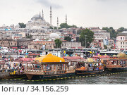 Istanbul street view, Eminonu former district (2016 год). Редакционное фото, фотограф EugeneSergeev / Фотобанк Лори