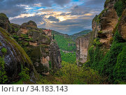 Amazing landscape of green valley in Meteora, Trikala region, Greece. Стоковое фото, фотограф Zoonar.com/Pawel Opaska / easy Fotostock / Фотобанк Лори