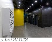 Interior of a corridor in an apartment building. Стоковое фото, фотограф Володина Ольга / Фотобанк Лори