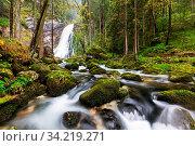 The majestic Gollinger Waterfall near Golling an der Salzach in Austria, Europe. Стоковое фото, фотограф Zoonar.com/Fesus Robert / easy Fotostock / Фотобанк Лори