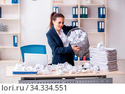 Купить «Businesswoman rejecting new ideas with lots of papers», фото № 34334551, снято 5 августа 2020 г. (c) easy Fotostock / Фотобанк Лори
