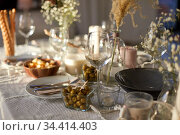 dinner party table serving at home. Стоковое фото, фотограф Syda Productions / Фотобанк Лори