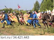 Ancient Knights at the Historical Festival. (2014 год). Редакционное фото, фотограф Акиньшин Владимир / Фотобанк Лори