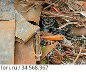 Schrott, metall, eisen, altmetall, buntmetall, recycling, recyceln... Стоковое фото, фотограф Zoonar.com/Volker Rauch / age Fotostock / Фотобанк Лори