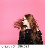 fashion model in sunglasses, beautiful young woman. leather jacket, studio shot, Стоковое фото, фотограф Nataliia Zhekova / Фотобанк Лори