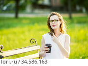 Fashionable blonde girl wearing spectacles. Стоковое фото, фотограф Nataliia Zhekova / Фотобанк Лори