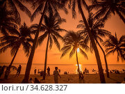 The Bang Saen Beach at the Town of Bangsaen in the Provinz Chonburi... Стоковое фото, фотограф Zoonar.com/URS FLUEELER / age Fotostock / Фотобанк Лори