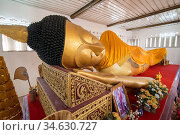 The reclining Buddha at the Wat Phra Non Temple in the old Town the... Стоковое фото, фотограф Zoonar.com/URS FLUEELER / age Fotostock / Фотобанк Лори