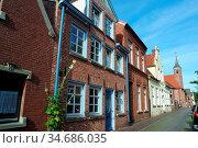 Altstadt in Leer, Ostfriesland. Стоковое фото, фотограф Zoonar.com/Gabriele Sitnik-Schmach / easy Fotostock / Фотобанк Лори