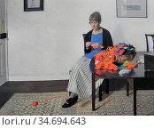 Harvey Harold - Coloured Wools - British School - 19th Century. Редакционное фото, фотограф Artepics / age Fotostock / Фотобанк Лори