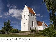 Kirche von Elmelunde, Insel Mön, Dänemark, Europa   Elmelunde church... Стоковое фото, фотограф Peter Schickert / age Fotostock / Фотобанк Лори