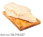 Piece of local italian Parmigiano Reggiano (Parmesan) hard cheese... Стоковое фото, фотограф Zoonar.com/Valery Voennyy / easy Fotostock / Фотобанк Лори