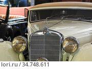 Автомобиль Mercedes Benz 320 A Cabriolet, 1939 года в музее техники Вадима Задорожного (2011 год). Редакционное фото, фотограф Алёшина Оксана / Фотобанк Лори