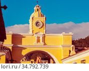 Colonial architecture in ancient Antigua Guatemala city, Central America... Стоковое фото, фотограф Zoonar.com/Galyna Andrushko / easy Fotostock / Фотобанк Лори