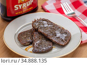 Scrapple with King's Syrup , Fallston, MD. Стоковое фото, фотограф Edwin Remsberg / age Fotostock / Фотобанк Лори