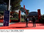 Preparation fot the 15th Rome Film Festival ,Auditorium of Rome, ... Редакционное фото, фотограф Maria Laura Antonelli / AGF/Maria Laura Antonelli / age Fotostock / Фотобанк Лори