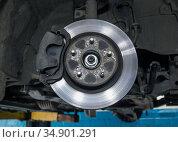 Car brake disc. Стоковое фото, фотограф Юрий Бизгаймер / Фотобанк Лори