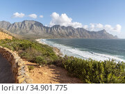 Kogel Bay, Western Cape, Soiuth Africa. Dec 2019. Kogels Bay on Clarens... Стоковое фото, фотограф UNIVERSAL IMAGES GROUP / age Fotostock / Фотобанк Лори