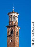 Verona,torre dei lamberti. Стоковое фото, фотограф Gk / easy Fotostock / Фотобанк Лори