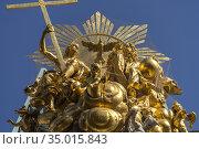 Goldene Spitze der Wiener Pestsäule, Wien, Österreich, Europa | Golden... Стоковое фото, фотограф Peter Schickert / age Fotostock / Фотобанк Лори