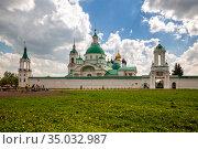 Spaso-Yakovlevsky monastery in Rostov (2019 год). Редакционное фото, фотограф Юлия Бабкина / Фотобанк Лори