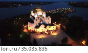 Night view aerial view of Assumption Cathedral at Yaroslavl. Russia. Стоковое видео, видеограф Яков Филимонов / Фотобанк Лори