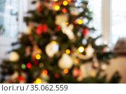 Defocused christmas tree. Стоковое фото, фотограф Юлия Бабкина / Фотобанк Лори