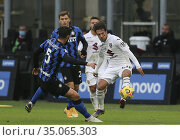Simone Verdi (Torino) Roberto Gagliardini (Inter) during the match... Редакционное фото, фотограф Alberto Ramella / Sync / AGF/Alberto Ramella / Syn / age Fotostock / Фотобанк Лори