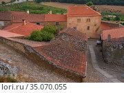 Village Bed and Breakfast Casa Cisterna, in Castelo Rodrigo, Coa Valley, Portugal, July 2016. Стоковое фото, фотограф Staffan Widstrand / Nature Picture Library / Фотобанк Лори