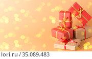 Празднично упакованные подарки. Свободное место для текста. Стоковое фото, фотограф Наталья Гармашева / Фотобанк Лори