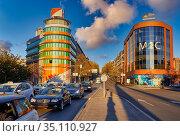 Alcalá street, Las Ventas Bridge, Madrid, Spain, Europe. Стоковое фото, фотограф Javier Larrea / age Fotostock / Фотобанк Лори