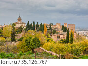 Alhambra in Granada. (2018 год). Редакционное фото, фотограф Сергей Дрозд / Фотобанк Лори
