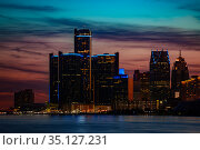 Night view of Detroit, MI downtown from the river (2018 год). Стоковое фото, фотограф Сергей Новиков / Фотобанк Лори
