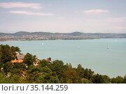 View of Lake Balaton (2007 год). Стоковое фото, фотограф Юлия Бабкина / Фотобанк Лори